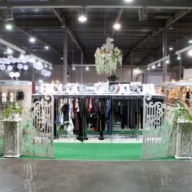 выставочный стенд одежды Chia  - фото 4